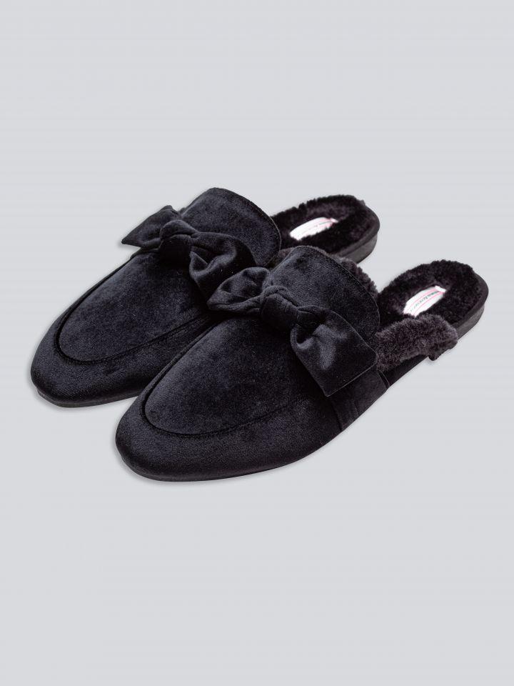 נעלי בית פרווה בצבע שחור