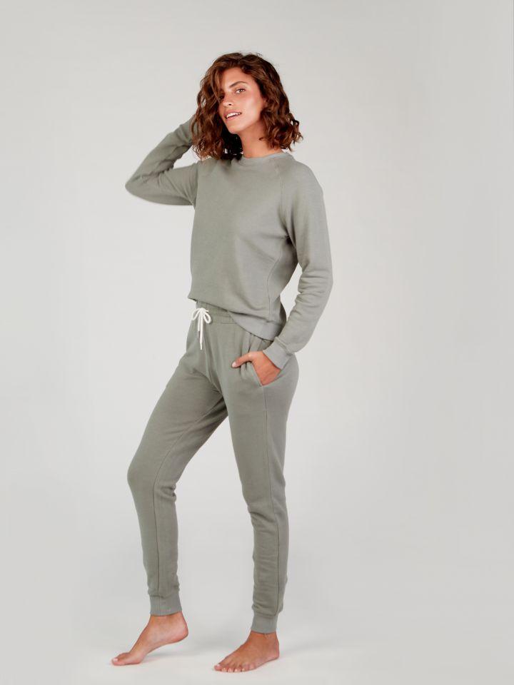 מכנסי פרנץ' טרי POLLY בצבע ירוק זית