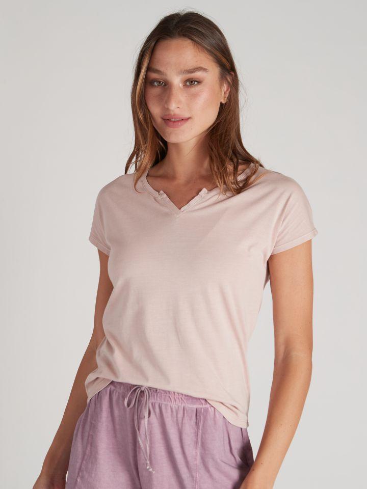 חולצת טי שירט שטופה בצבע ורוד עתיק