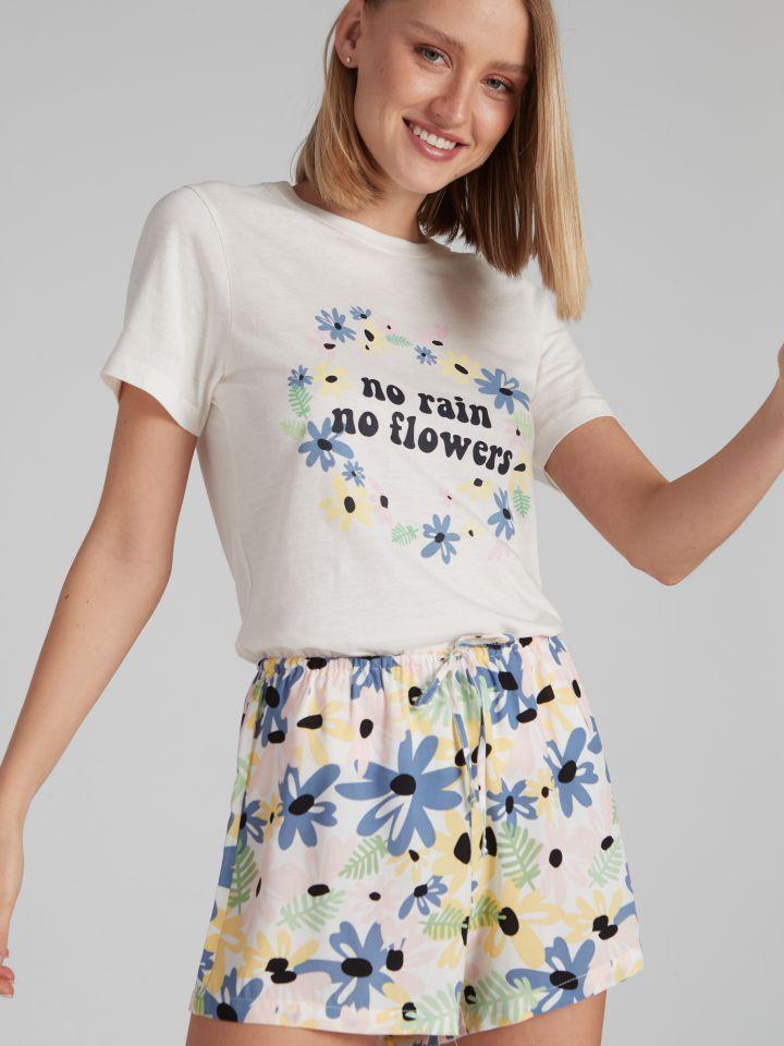 מכנסיים קצרים מודפסים RETRO FUN בצבע דפוס פרחים