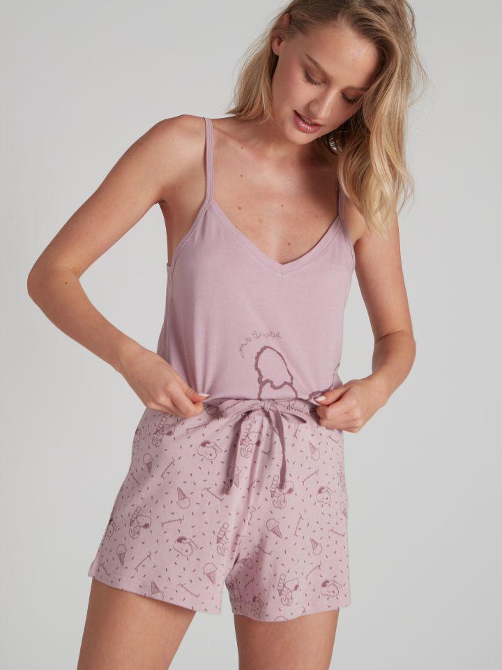 מכנסיים קצרים SNOOPY בצבע סיגלית