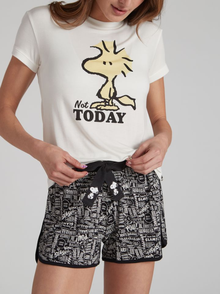 מכנסיים קצרים SNOOPY בצבע שחור