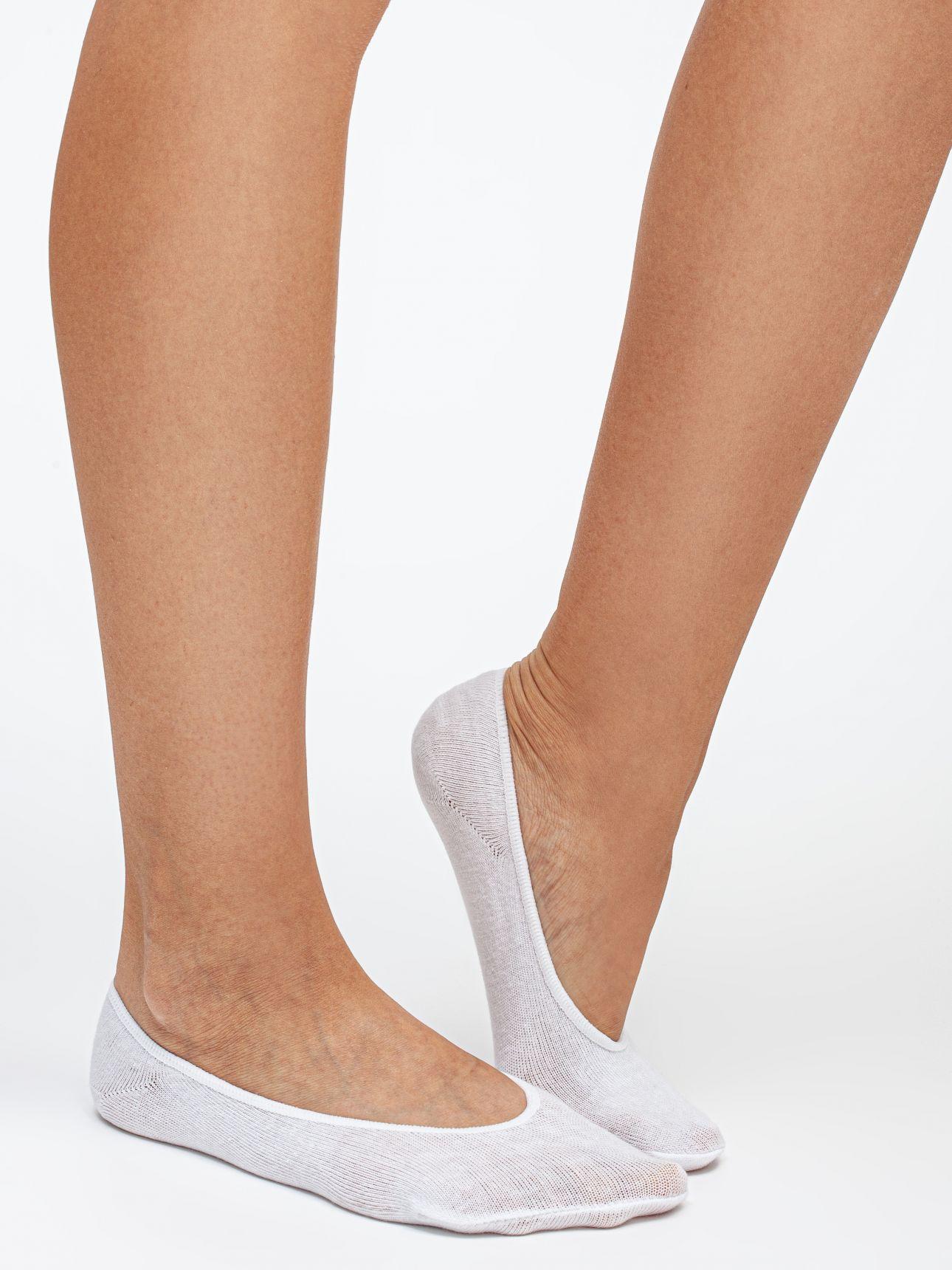 גרבי עקביות כותנה בצבע לבן
