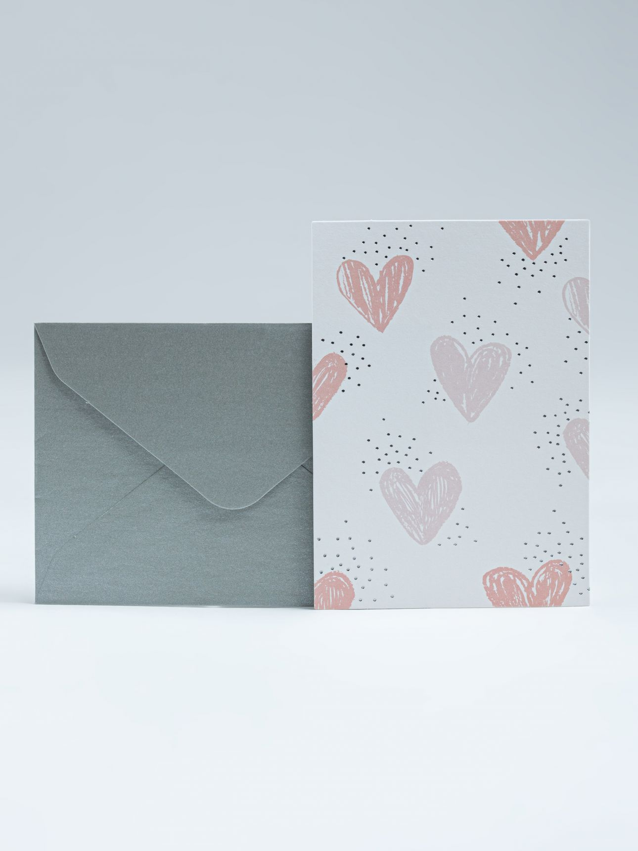כרטיס ברכה HEARTS בצבע לבן