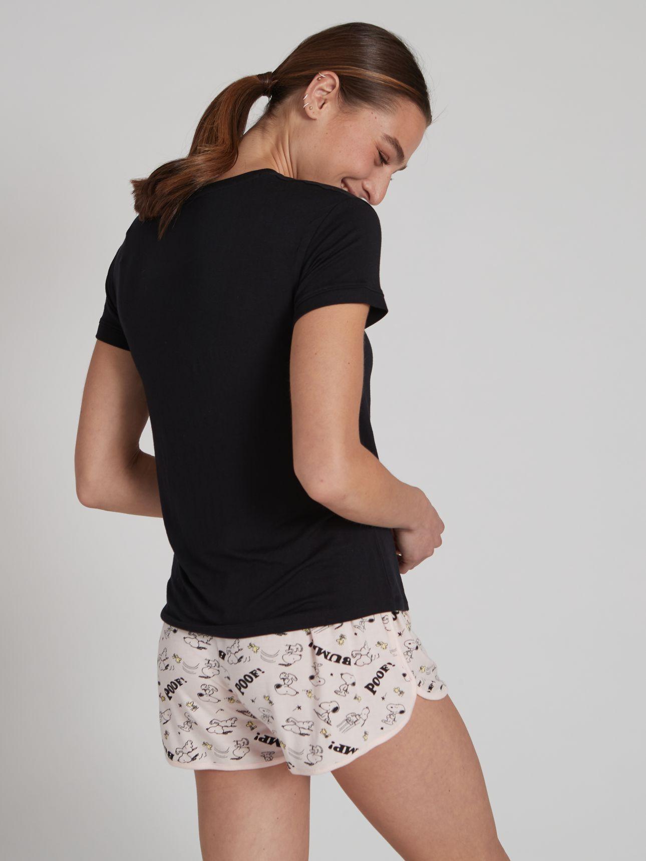 מכנסיים קצרים SNOOPY בצבע ורוד בהיר
