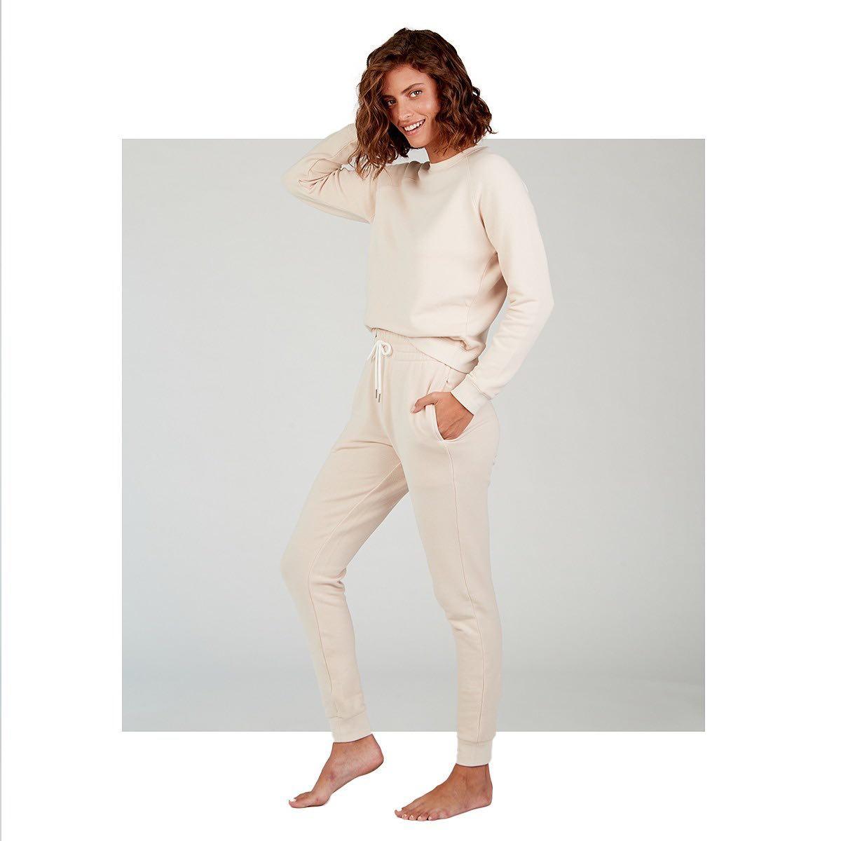 מוכנה להתאהב? סוויטשירט ומכנסיים ארוכים מבד פרנץ' טרי מכותנה רכה בדיוק לעכשיו💗